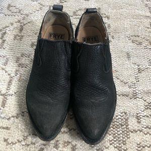 Frye Billy Shootie black bootie size 6